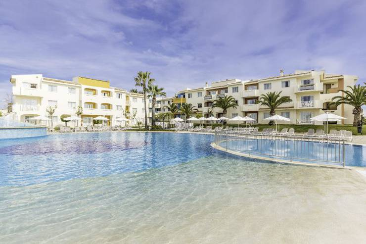 Day Pass & Night Pass (Preis pro Person) Blau Punta Reina Family Resort Mallorca
