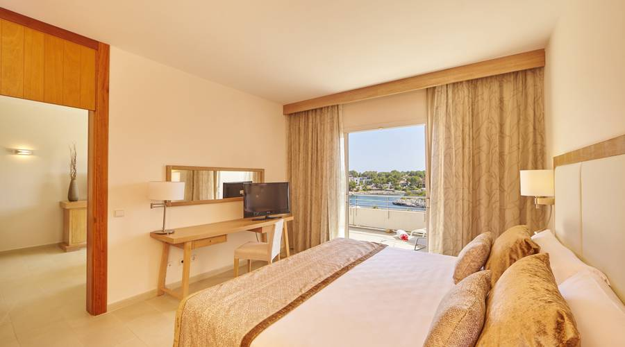 Suite mit Meerblick Blau Privilege PortoPetro Beach Resort & Spa in Mallorca