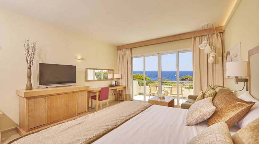 Connecting double rooms with sea view blau portopetro beach resort & spa majorca