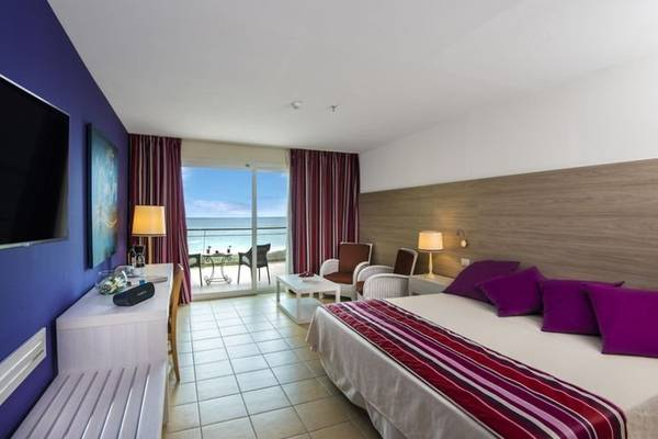 Select Double Room with Sea View Blau Varadero Hotel in Cuba