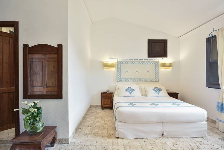 Deluxe junior suite with sea view sigillum borgo at arbatax park arbatax - sardinia