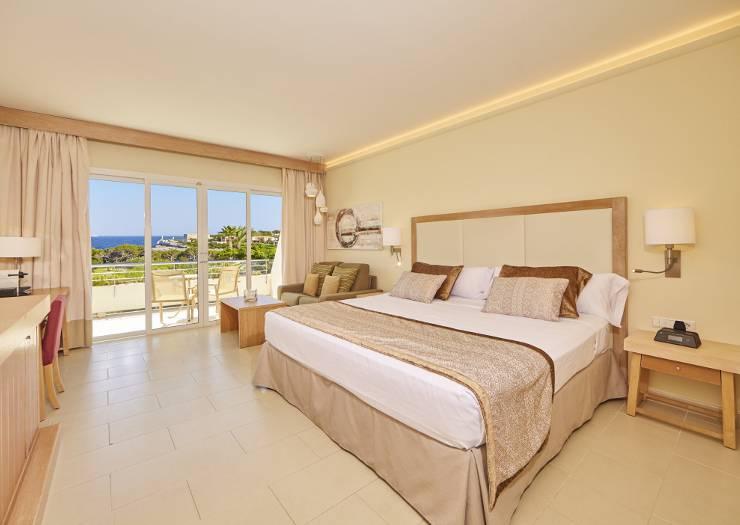 hotel mallorca blau porto petro resort