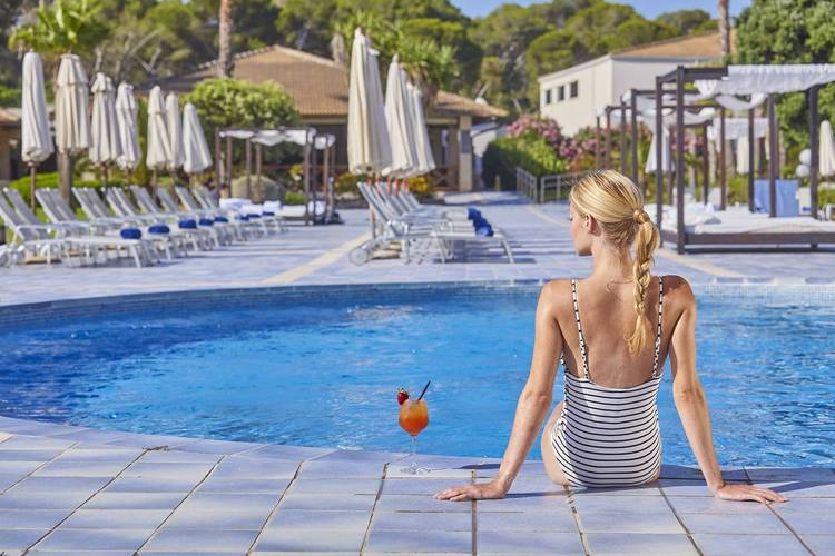 Piscina exterior Blau Privilege PortoPetro Beach Resort & Spa Mallorca