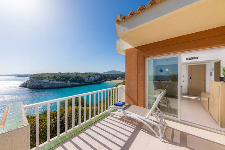 Cala romántica sea view apartment blau punta reina family resort majorca