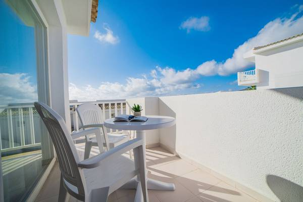 Double Room Blau Punta Reina Resort in Majorca