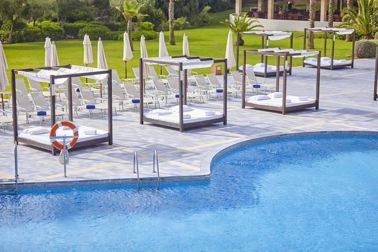 Bali Beds Blau Privilege PortoPetro Beach Resort & Spa Mallorca
