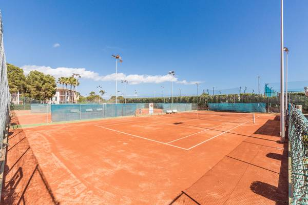 TennisplÄtze (€) blau colonia sant jordi resort & spa mallorca