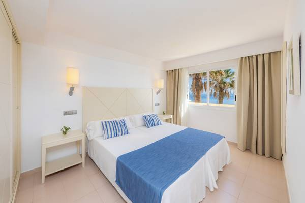 Apartment with Sea Views Blau Punta Reina Resort in Majorca