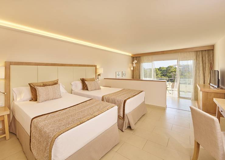Junior suite blau portopetro beach resort & spa mallorca