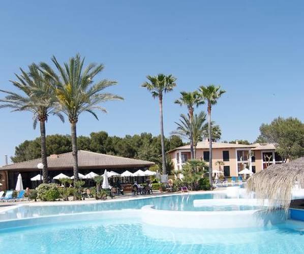 Piscina exterior Blau Colonia Sant Jordi Resort & Spa Mallorca